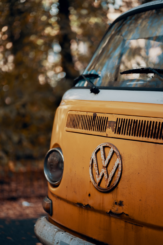 yellow volkswagen t-2 van