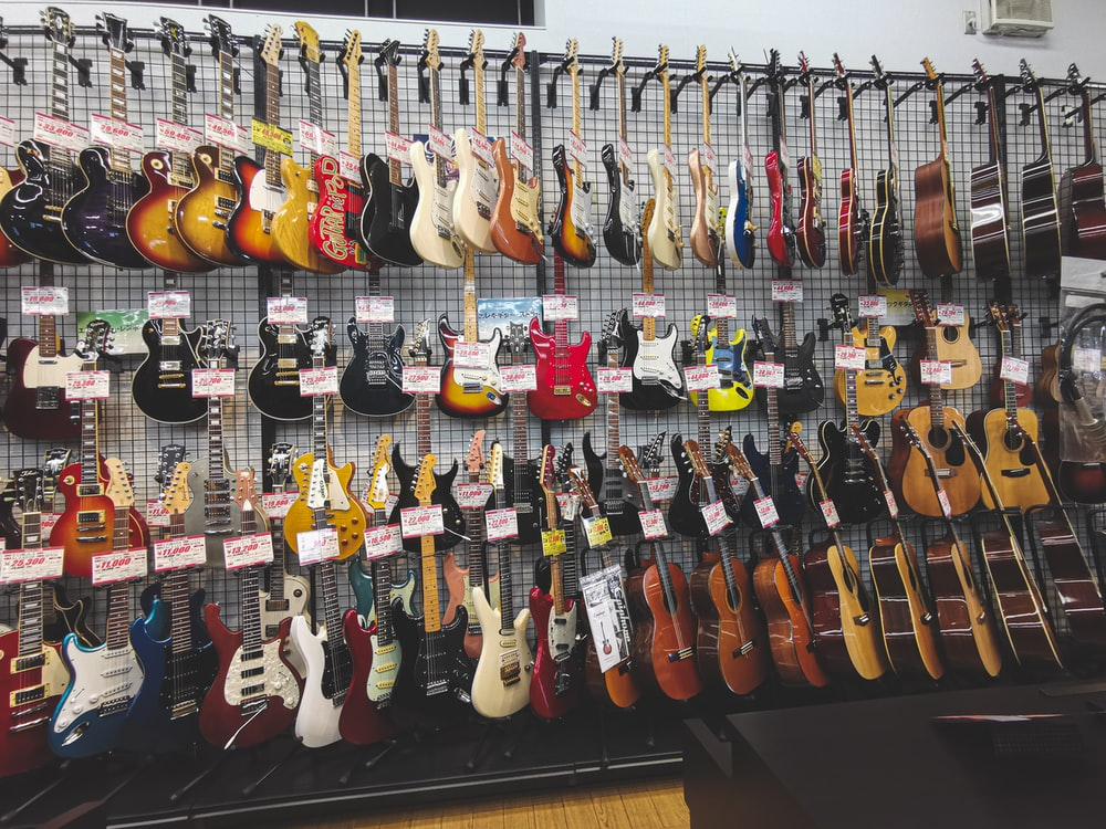 assorted color of guitar lot