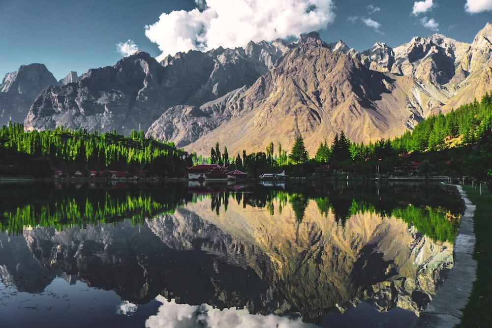 Pakistan's top 5 low budget places