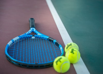 yellow and blue tennis racket us open tennis zoom background