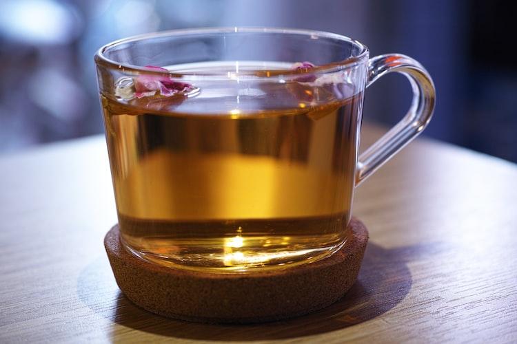 Valerian tea for a better sleep