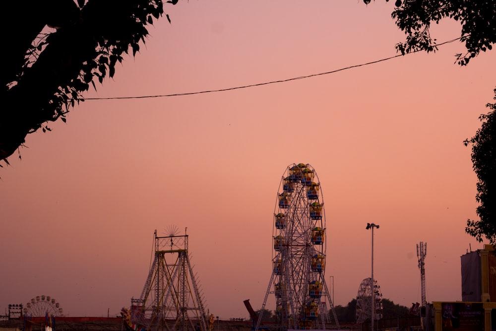 ferris wheel under white sky