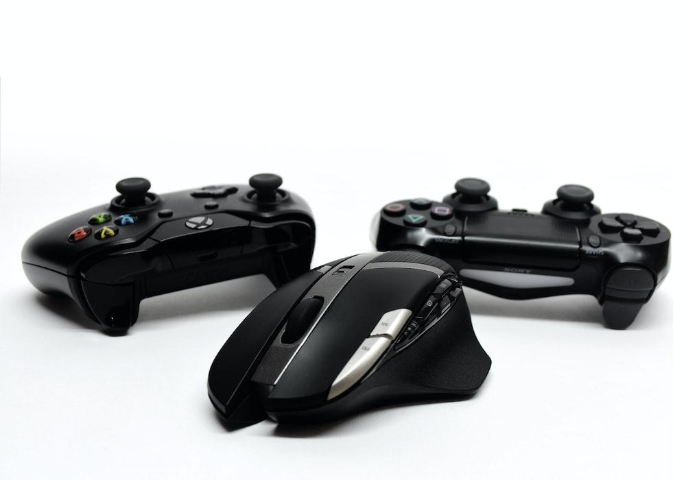 black game controller and black game controller