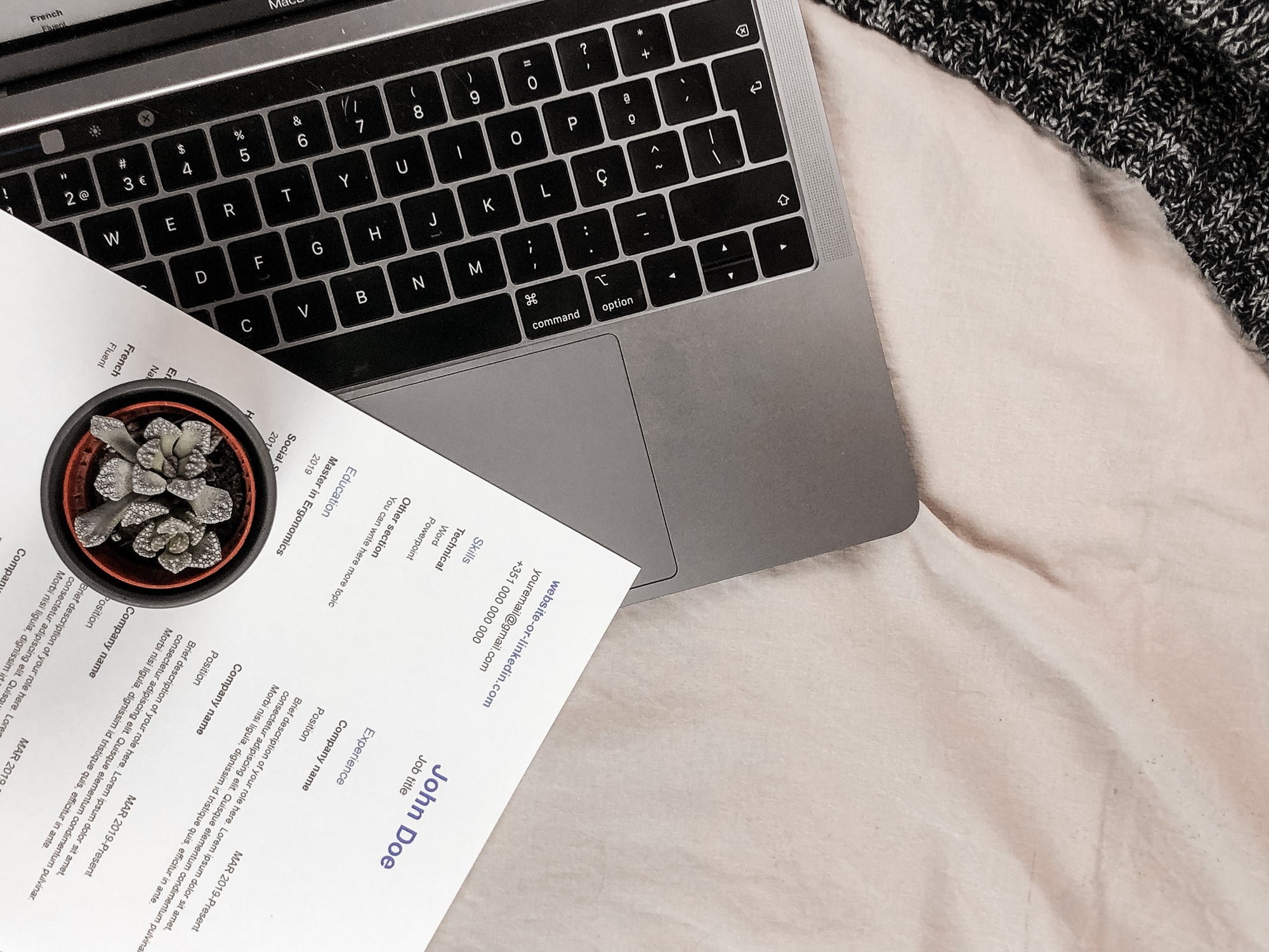 CV, Resume and computer