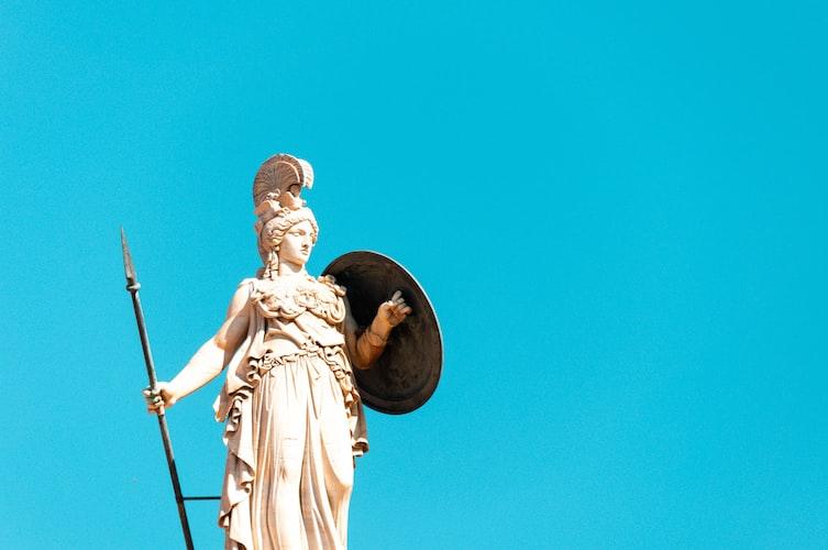 Atena é uma das principais figuras dentre os Deuses do Olimpo