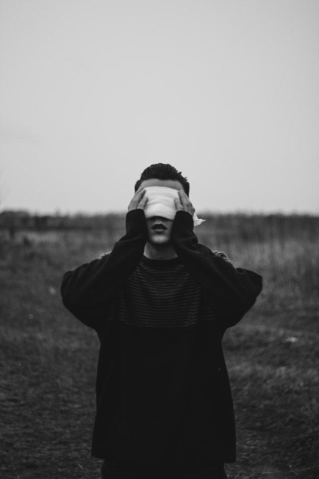 25%患者不治療將失明!40萬台灣人都有的眼疾「頭痛」就是警訊 | He