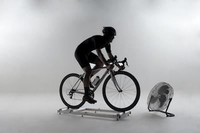 Zwift cykling på hometrainer: Komplet guide til begyndere 🚵🚵♀️