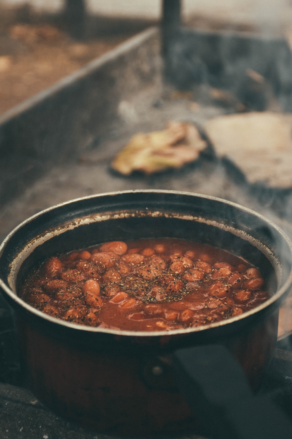 cooked food in black cooking pot