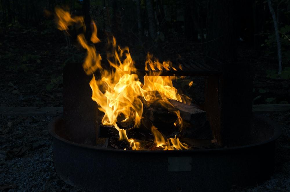 fire in black fire pit