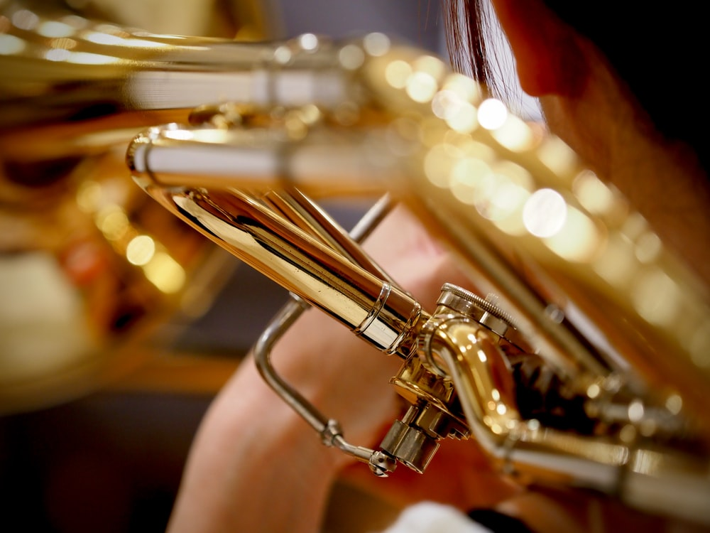 brass trumpet in close up photography