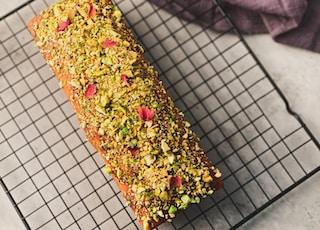 Pistachio-Lime Cake ||  A little shoot for D Baker Project (@dbakerproject).