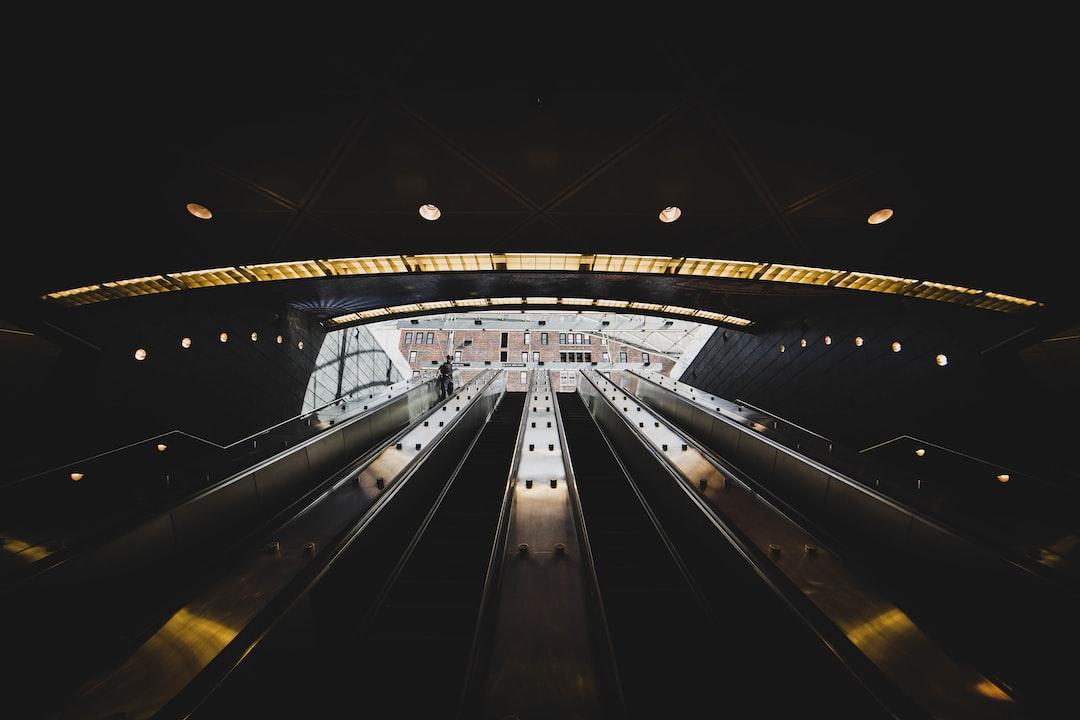 Underground - unsplash