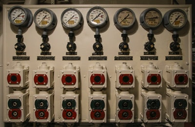 white and red electric meter patriots zoom background