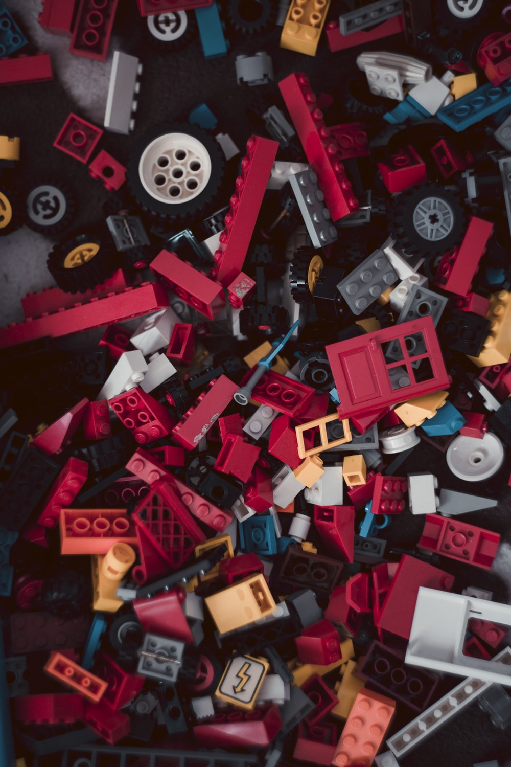 red and white lego blocks