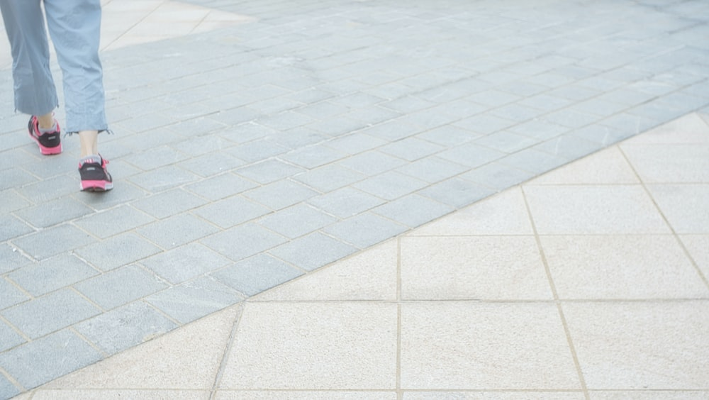 white and gray floor tiles