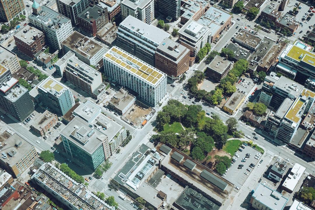 Containing the risk of COVID-19 in Condominium Buildings