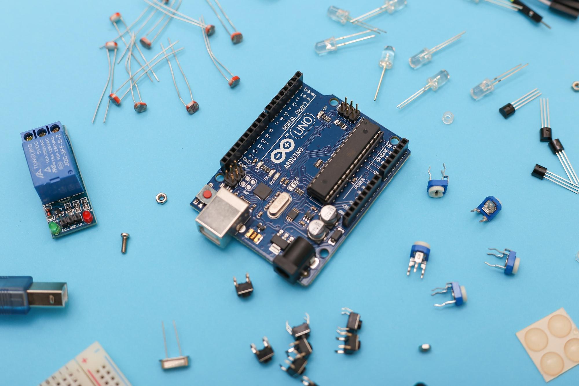 Microcontroladores y Sistemas embebidos (SOC)