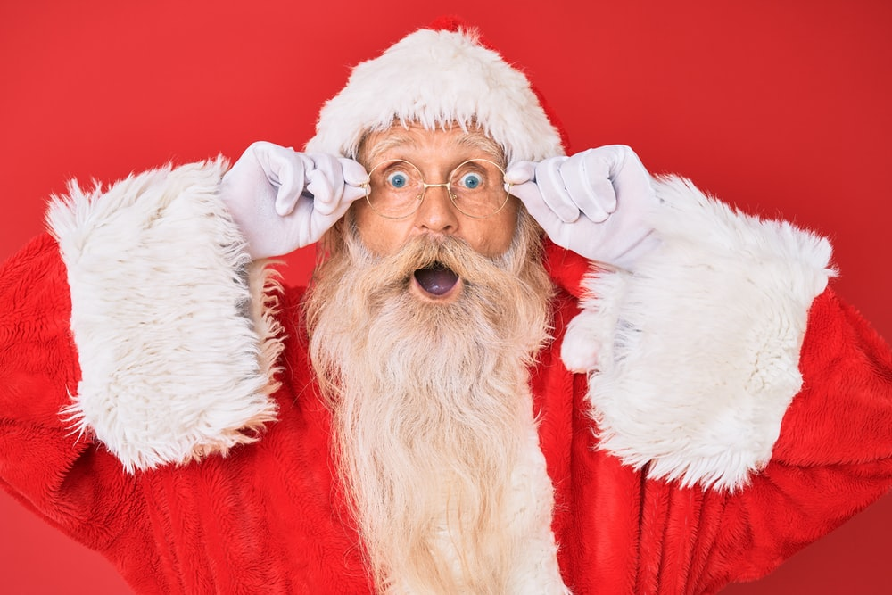 santa claus with red background