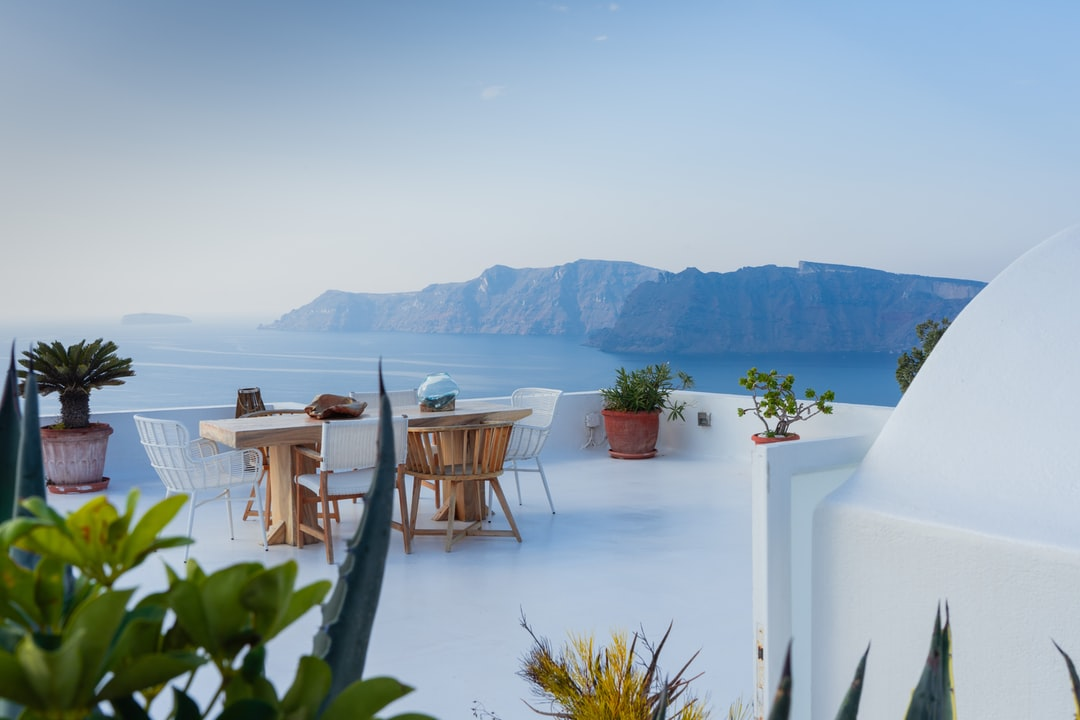 outdoor luxury furniture