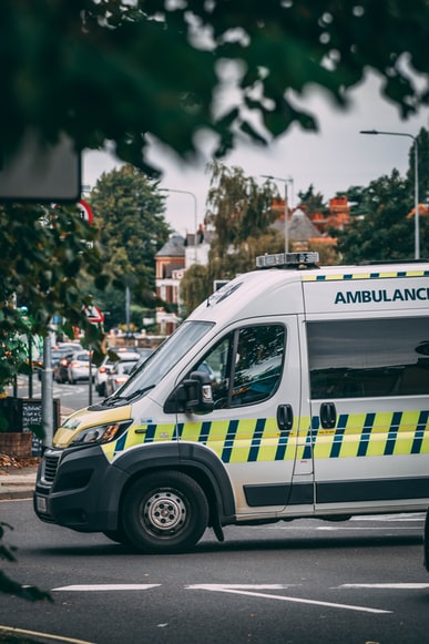 Voiture d'ambulance. | Photo : Unsplash