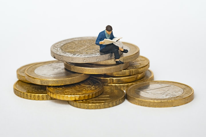 4 Ways Your Writing Can Make You Money