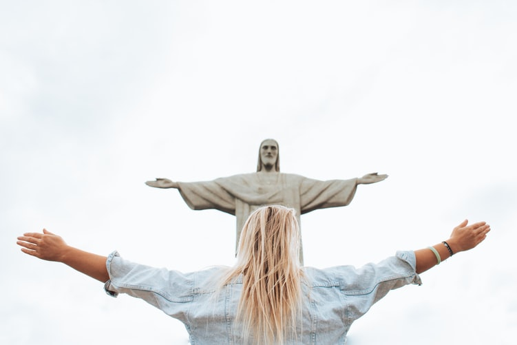 HOW TO MAKE EVERYONE LIKE YOU INSTANTLY AND DO WHATEVER YOU WANT [Just Like Jesus Christ] 2