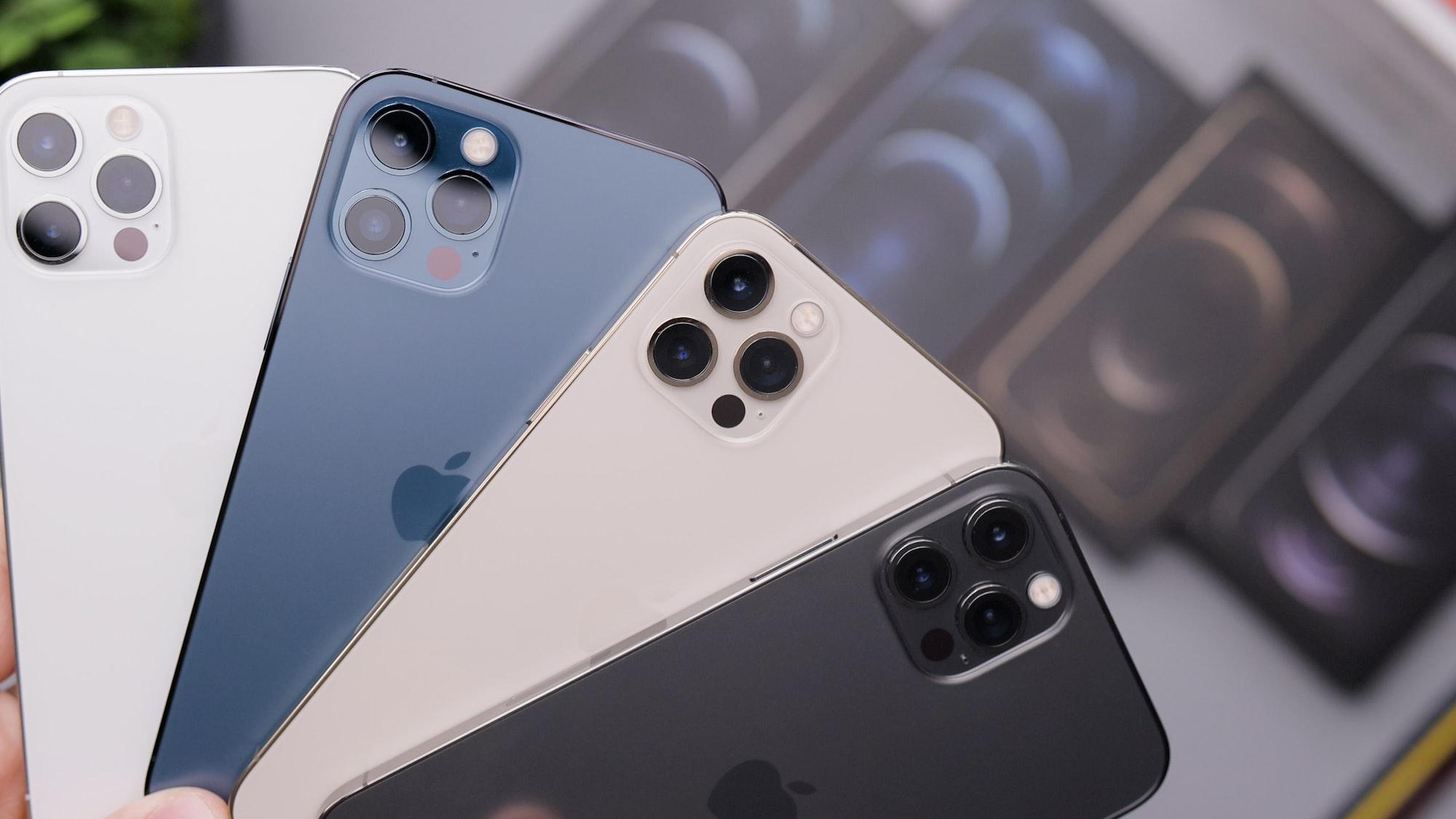 Каждый четвертый смартфон, проданный в 2020 году, был куплен в Интернете
