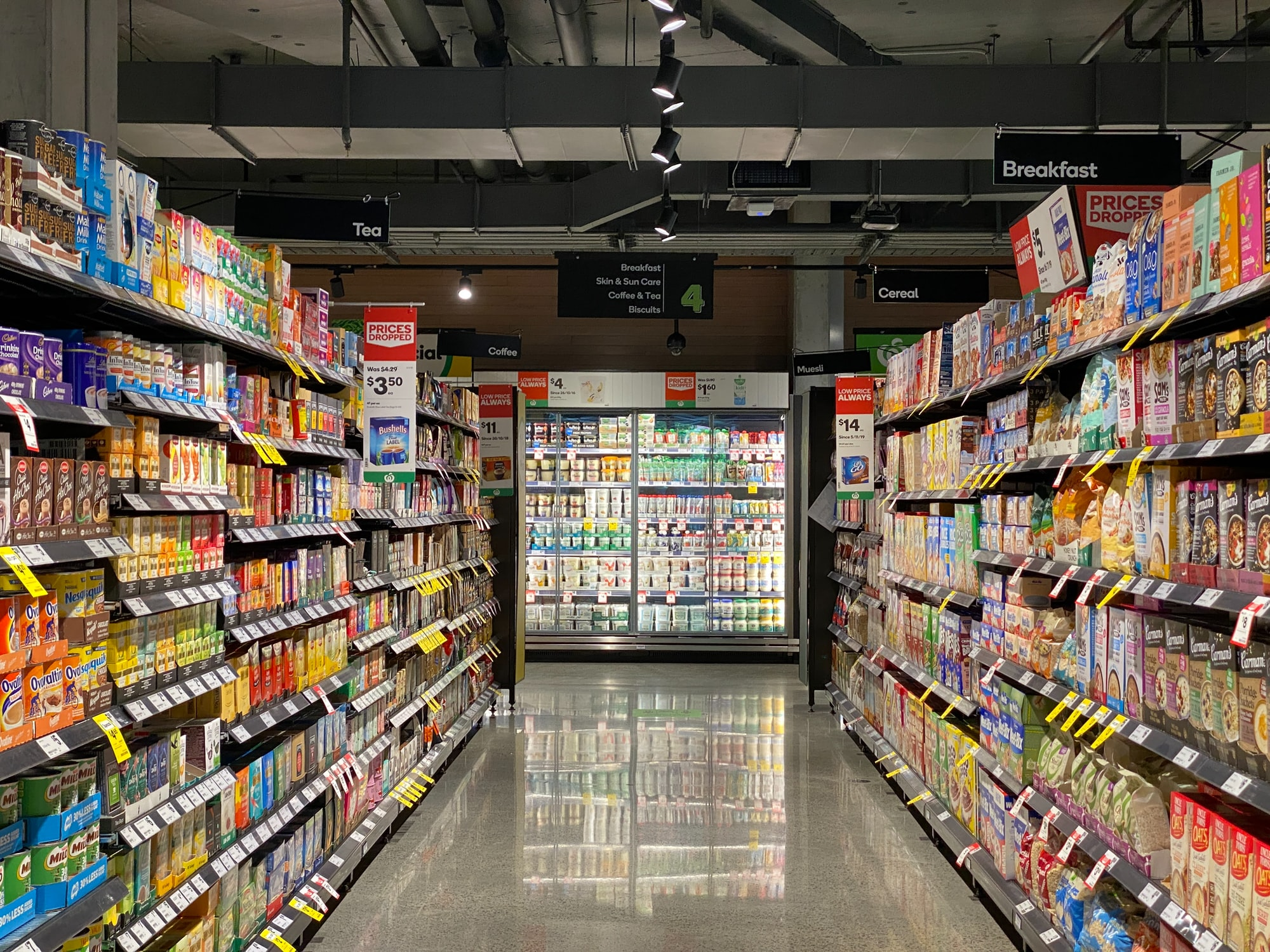 Why Platforms Like Instacart Threaten Grocers