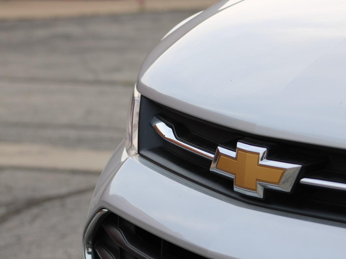 General Motors es golpeada por la escasez de chips