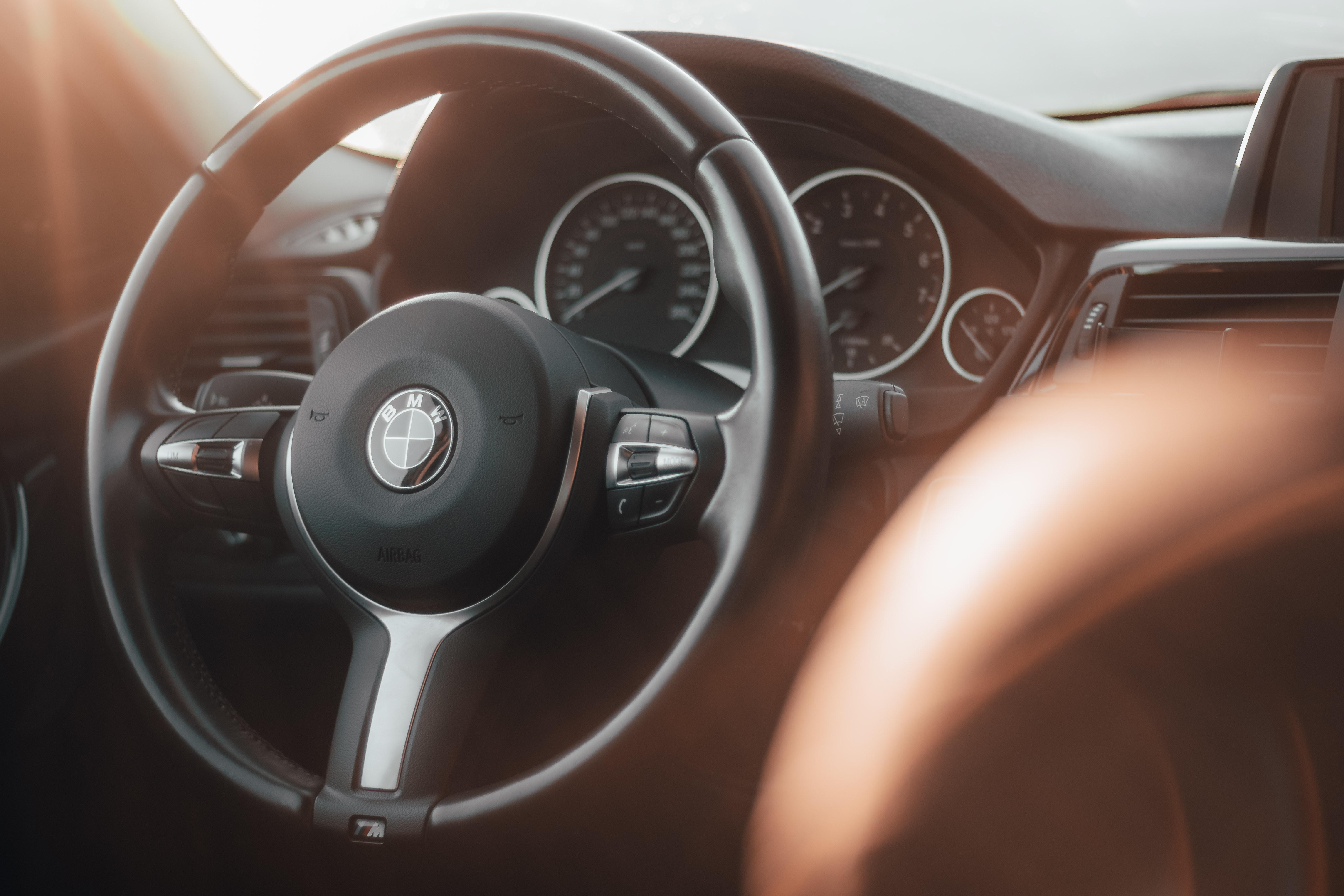 BMW 320i F30 steering wheel