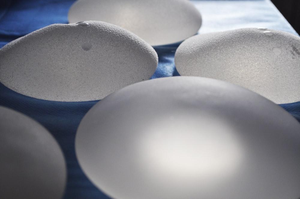 blue and white round ball