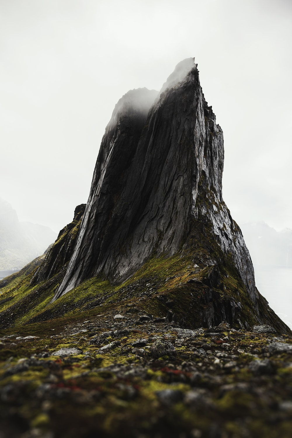 black and gray rock formation