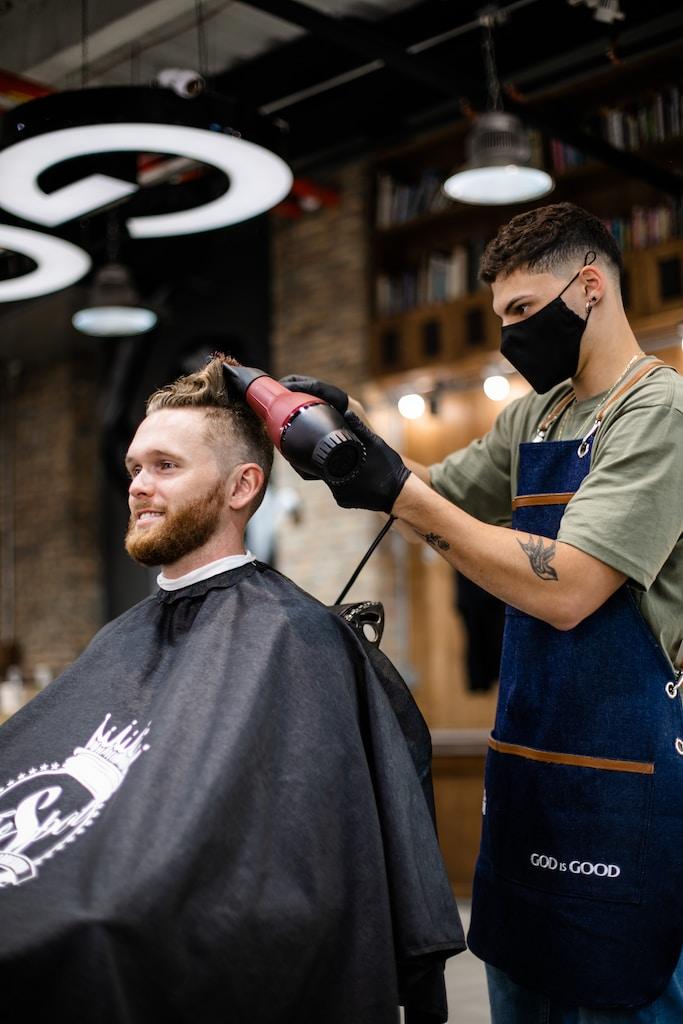 #barber #barbershop #fade #haircut #barberia #barberlife #hairstyle #wahl #andis #barbershopconnect #beard #peluqueria #barberlove #style #barba #hair #barbers #barbering #barbero #buenosaires #barbergang #barberpost #menstyle #men #fashion #barberworld #oldschool #mensfashion #wahlpro