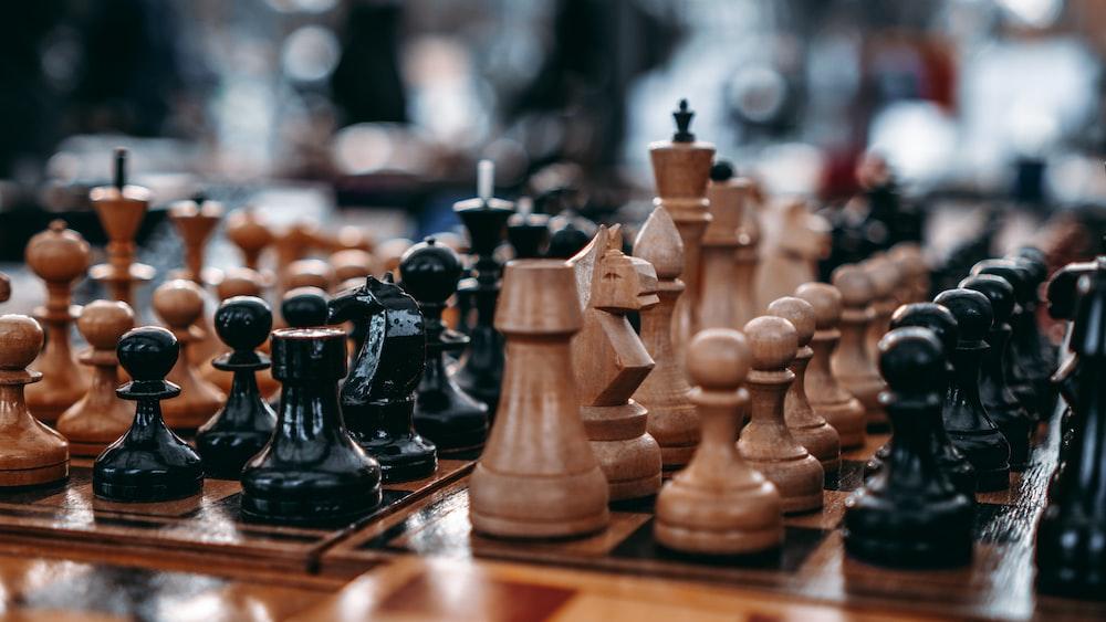 ماهي لعبة الشطرنج؟