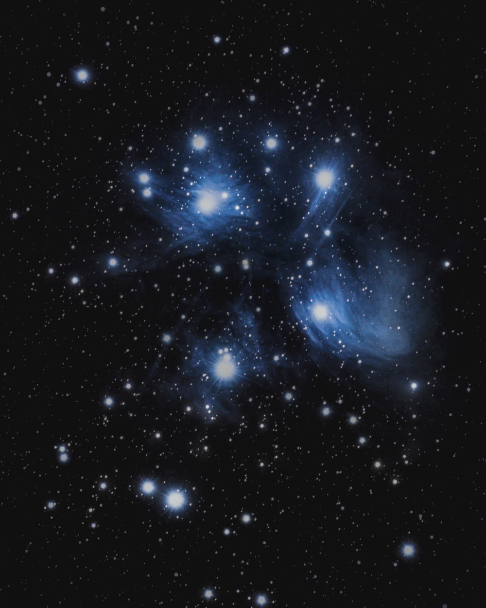 blue and white stars in the sky