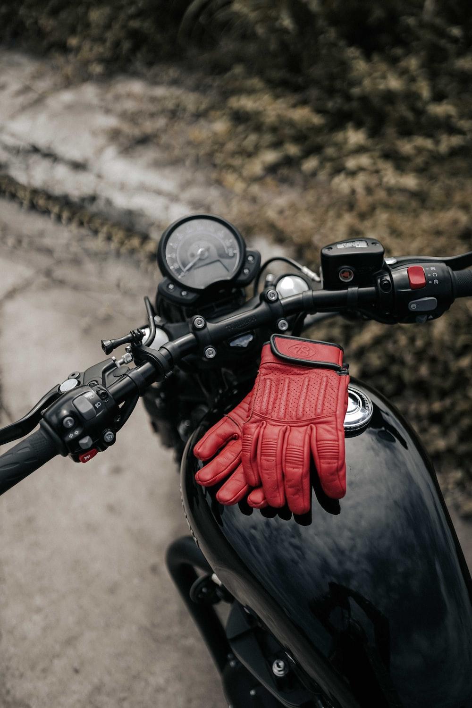 red and black motorcycle helmet