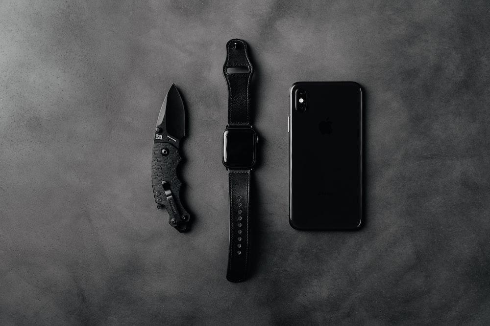 black iphone 5 beside black iphone 5
