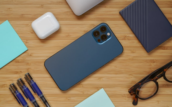Phone Cases and Screen Protectors: A Guide for iPhone Users