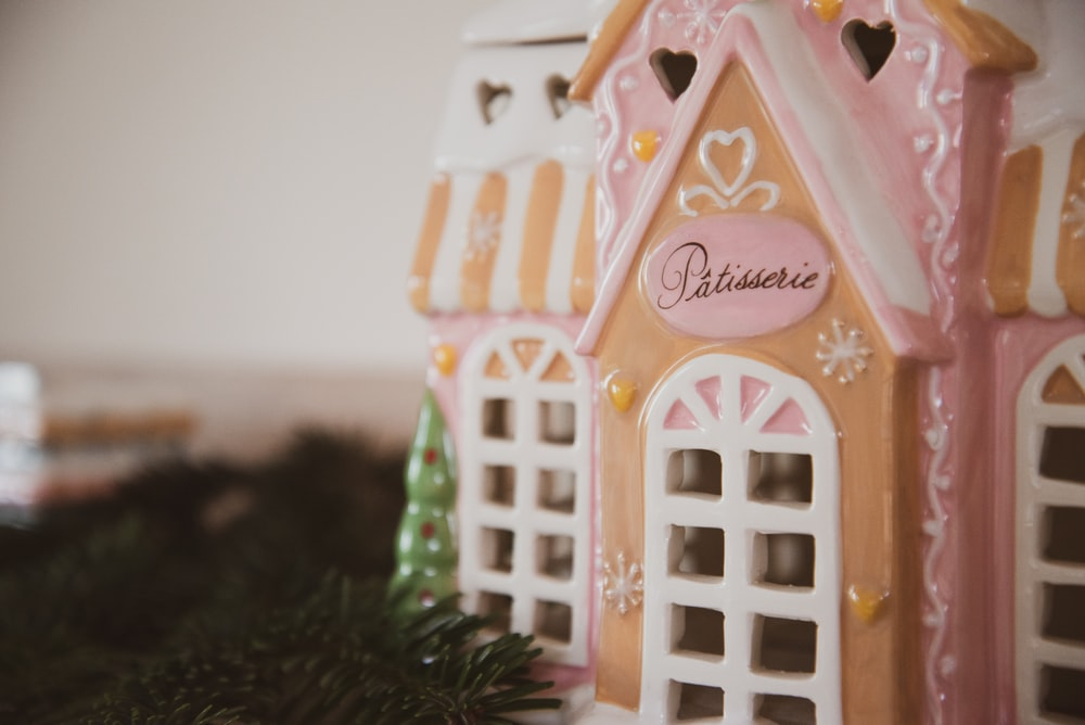 white and pink house miniature