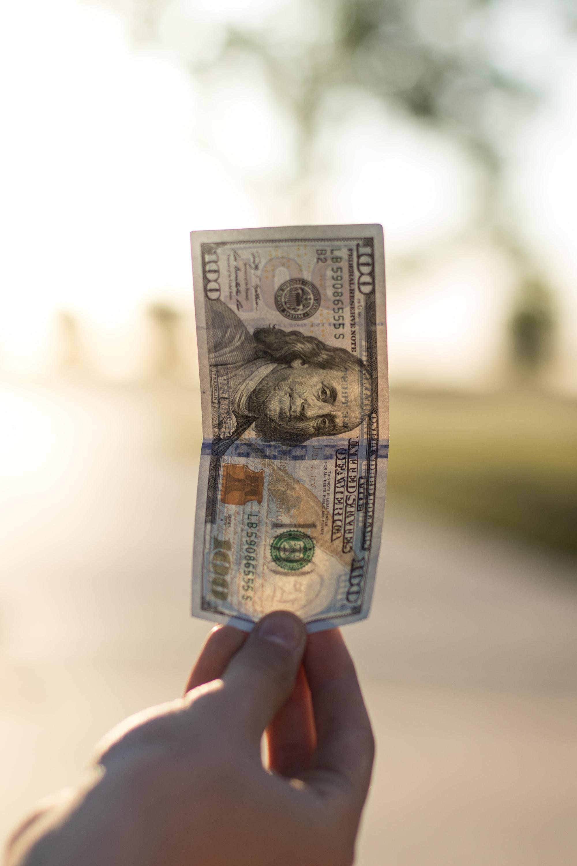 Sólo en Argentina quieren dólares...