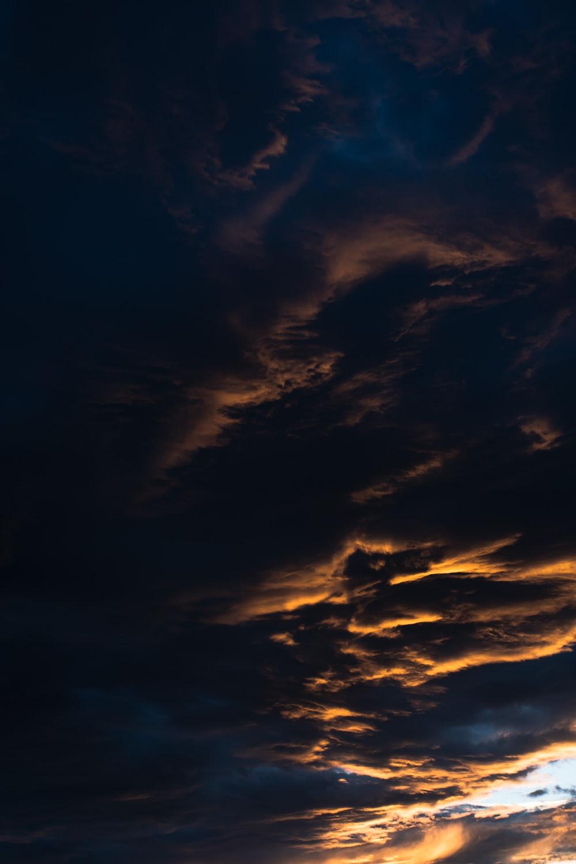 blue and orange cloudy sky