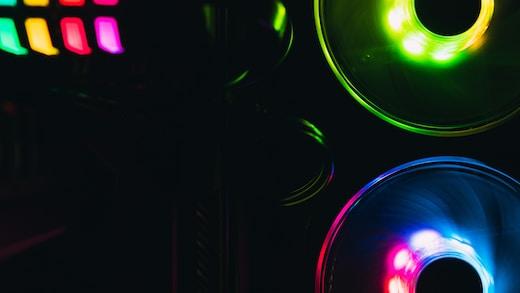 green and red light digital wallpaper