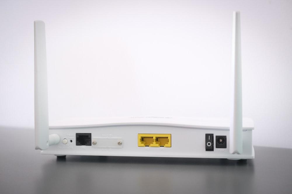 white split type air conditioner