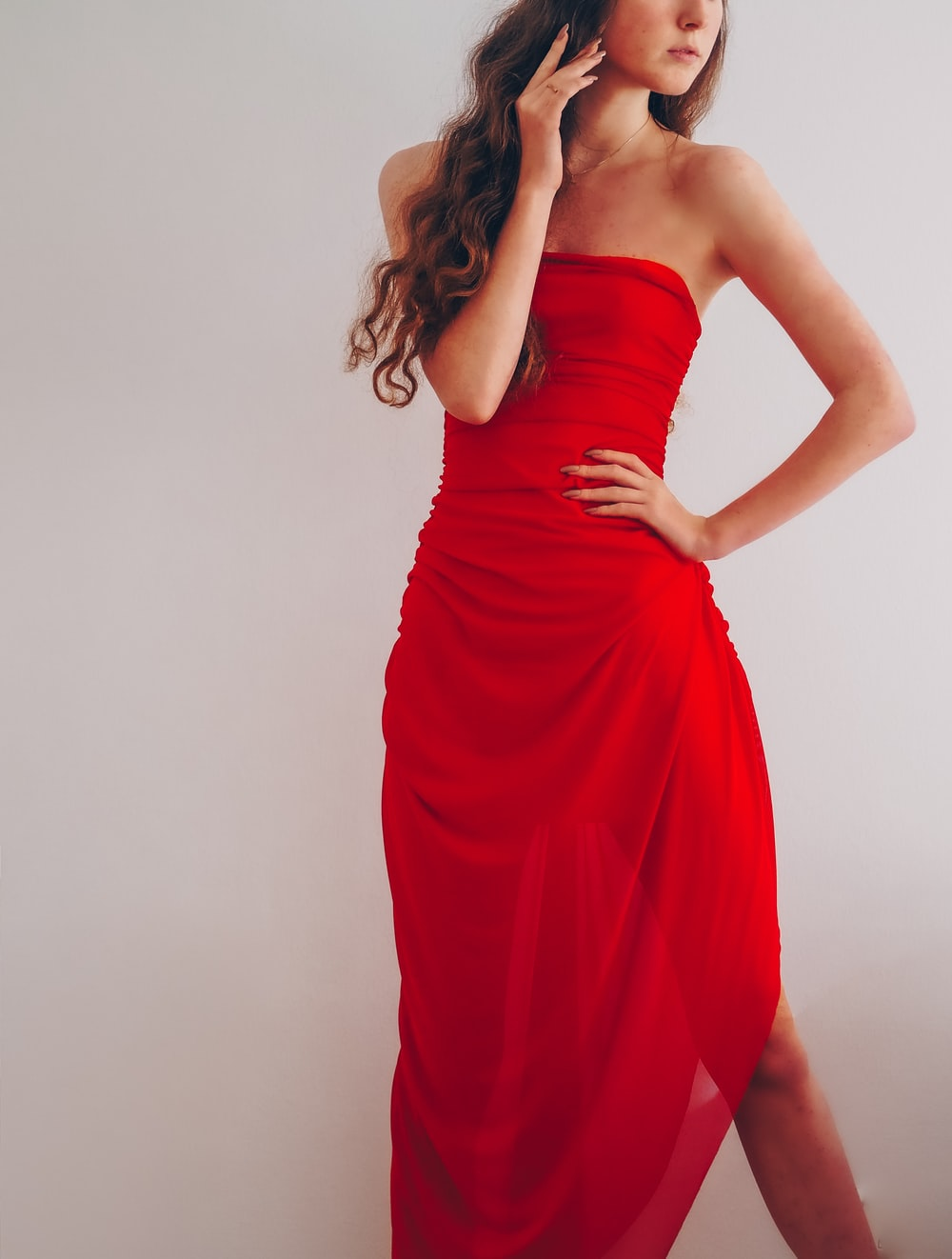 woman in red tube dress photo – Free Paris Image on Unsplash