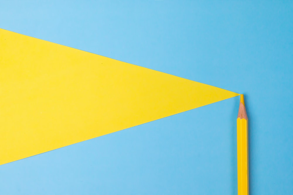 yellow and blue color paper
