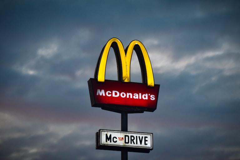 McDonald's restaurants in Texas hiring 2k this month