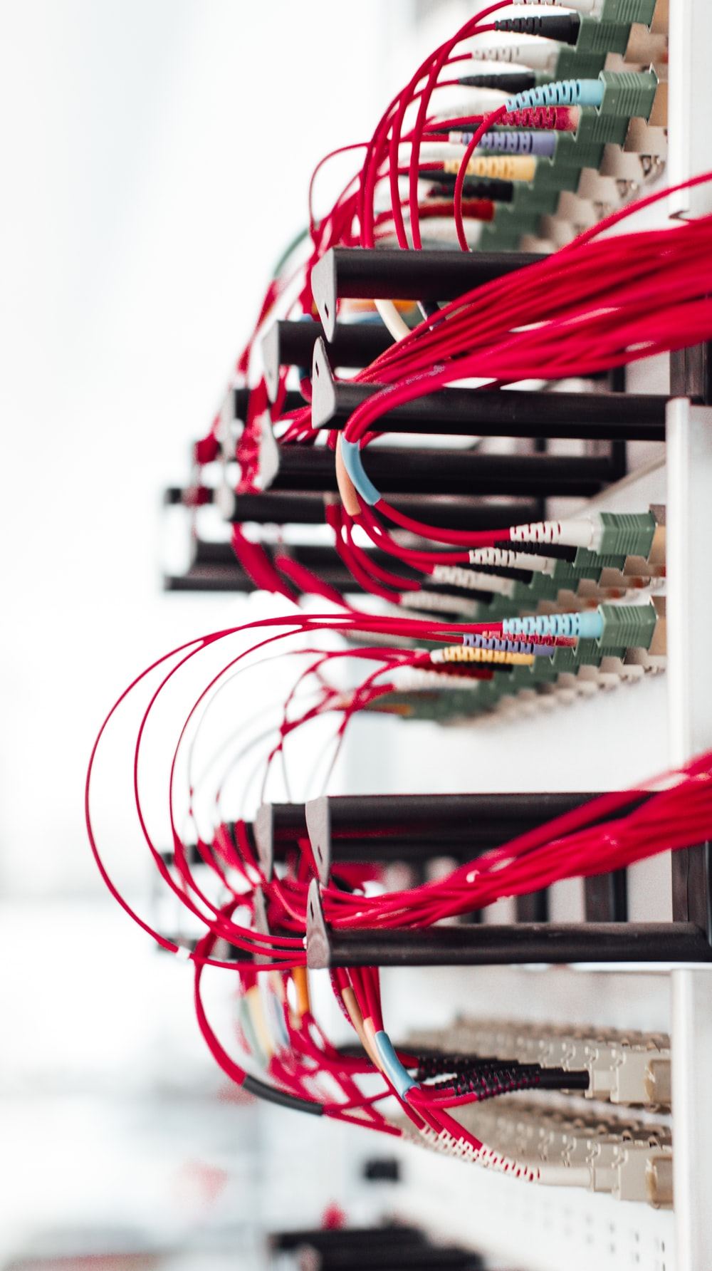 red white and green wires