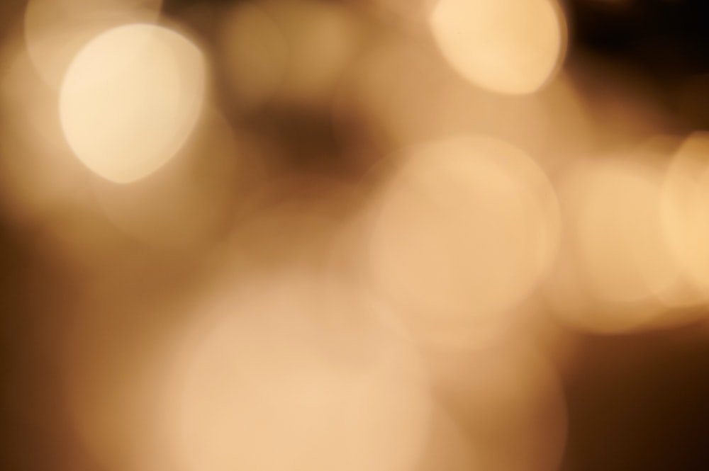 white and yellow bokeh lights