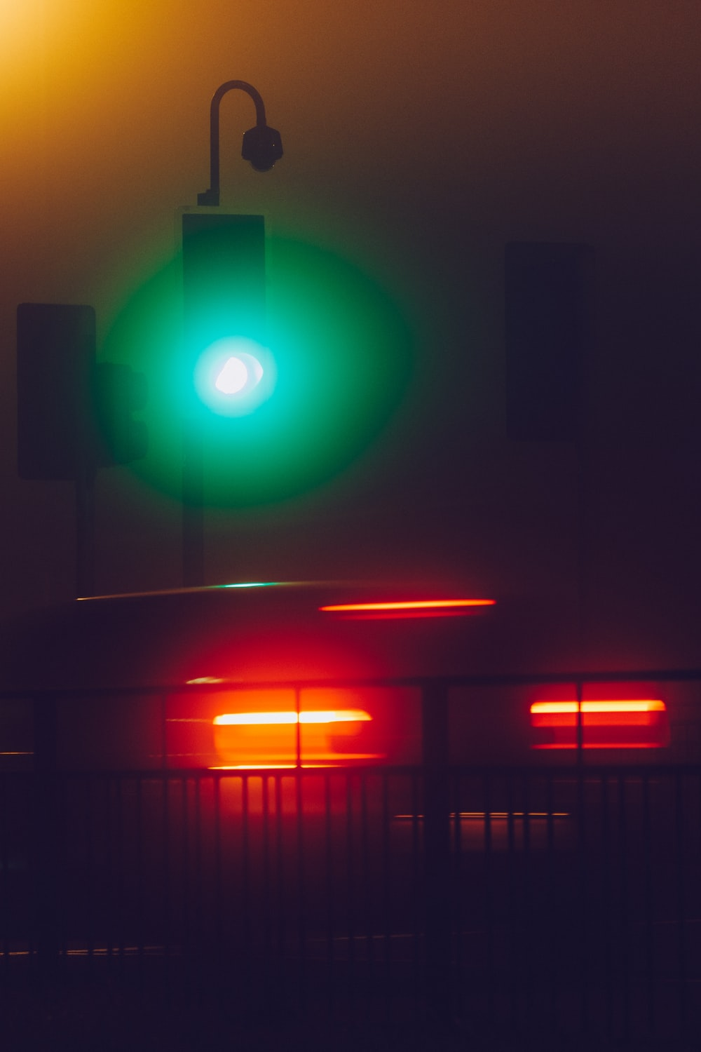 green and orange traffic light