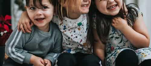 """יחד ננצח את הפחד: מודל שמשלב """"עמיתים תומכים"""" בטיפול בילדים הסובלים מחרדה"""